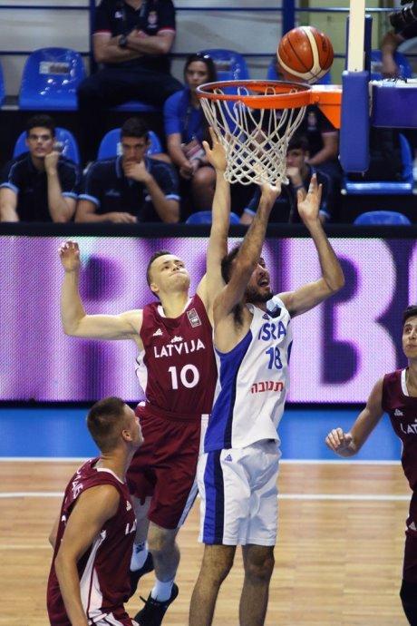 Israel Letonia1